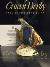 Royal Crown Derby 1st edición limitada de calidad Pacífico pisapapeles de pez ángel