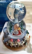 DISNEY CINDERELLA AND PRINCE CHARMING AT ROYAL BALL MUSICAL DOUBLE SNOW GLOBE
