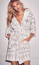 VICTORIA'S SECRET Cozy Short Robe Exploded Ivory Fair Isle Hooded NEW! Small S