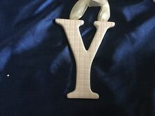 AMSCAN Ceramic Baby Wall Letter Y Light Pink Different Designs 449189