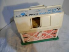 VINTAGE COLLECTIBLE FISHER PRICE PLAY FAMILY FARM LITTLE PEOPLE RED BARN
