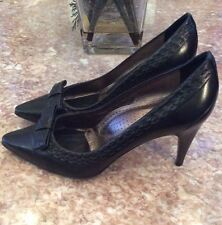 Hugo Boss Black Leather Pointed Toe High Heel Pump Shoes Size 9 / 39 EUC