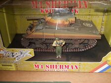 1/32 ULTIMATE SOLDIER COLD STEEL WWII U S M4 SHERMAN TANK WITH 2 CREW MEMBERS