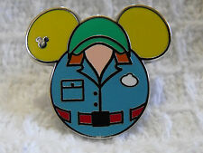 2015 Disney WDW Cast Member Costume Muppets Vision Hidden Mickey Trading Pin