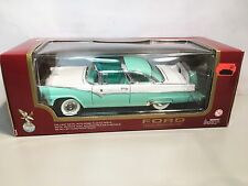 Road Legends 1955 Ford Fairlane Crown Victoria 1:18 Diecast Boxed