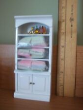 BATHROOM CABINET WITH ACCESSORIES   -  DOLL HOUSE MINIATURES