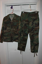 US ARMY CAMO UNIFORM SMALL JACKET COAT OLD IRONSIDES PATCH + MEDIUM PANTS
