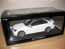 AUTOart 1:18 MERCEDES-BENZ C63 AMG - WHITE !!! WITH LEATHER SEATS Very rare, new