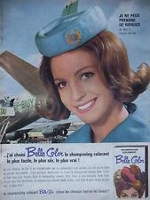 PUBLICITÉ DE PRESSE 1964 SHAMPOOING COLORANT BELLE COLOR - HÔTESSE - ADVERTISING