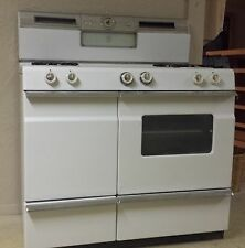 1950 vintage Norge gas stove with double oven