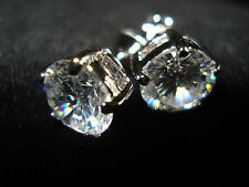 platinum stud earrings with diamond Cut Stones size 8mm stunning new for 2016