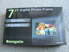 Brand New Sungale CA705 7-Inch Digital Photo Frame