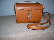 "VINTAGE GUCCI ""CAMERA BOX"" SHAPE LEATHER HANDBAG"