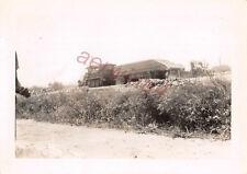 Halbketten Zugmaschine mit Pionier Ponton bei Calais Frankreich