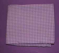 Fabric fat quarter in small square lilac and white gingham