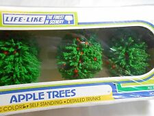 HO N S O TRAIN LIFE-LIKE SCENIC 4 PIECE APPLE TREES NEW IN PACKAGE!