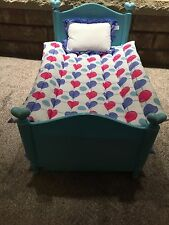 American Girl Doll Trundle Bed With Reversible Comforter's and Pillows