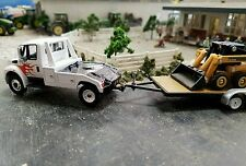 Custom IH Durastar International DUALLY flatbed FARM TRUCK 1/64 tow DCP diesel