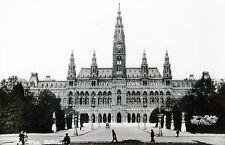 Alte SW Ansichtskarte vom Rathaus in Wien  (017)