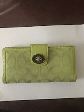 AUTHENTIC COACH GREEN WALLET