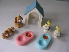 VINTAGE~FISHER PRICE LOVING FAMILY DOLL HOUSE~PET SET~DOGS & CATS W/DOG HOUSE