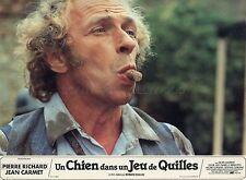 PIERRE RICHARD JEAN CARMET UN CHIEN DANS UN JEU DE QUILLES 1983 10 PHOTOS LOT