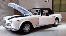 1:24 Escala 1960 Alfa Romeo Spider 2600 Convertible Welly Modelo Fundido Blanco