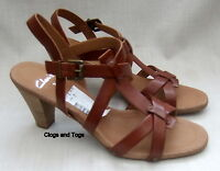 NEW CLARKS THORN WOMENS BROWN LEATHER SANDALS
