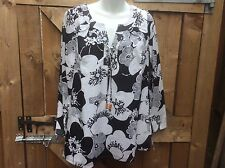 BRAND NEW BY KALEIDOSCOPE BLACK/WHITE 100% COTTON FLORAL PRINT TOP SIZE 10