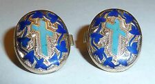 A PAIR OF VICTORIAN GOLD PLATED MAIDS / BACHELOR ENAMEL BUTTONS