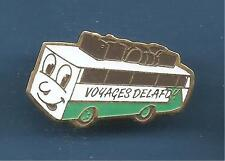 Pin's pin CAR AUTOCAR BUS Voyages DELAFOY (ref 005)