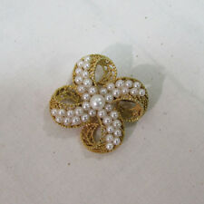 Vintage LISNER Gold Bow with Pearl Beads Brooch (16071714)
