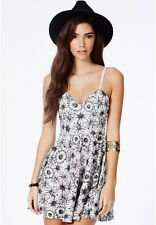 MISSGUIDED ASOS BLACK FLORAL DAISY SKATER DRESS 6 BNWT