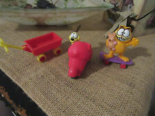 Garfield on Skateboard with Teddy Bear PVC Figure+ODIE ON SCOOTER/WAGON