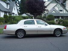 Lincoln: Town Car Signature Li