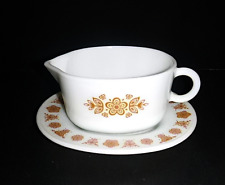Corning Pyrex Corelle go with Butterfly Gold Gravy with under plate comb ship