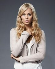 LAURA VANDERVOORT 10 x 8 PHOTO.FREE P&P AFTER FIRST PHOTO+ FREE PHOTO.20