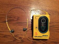 SONY WALKMAN SPORTS FM/AM CASSETTE  PLAYER VINTAGE WM-F45