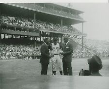 Roberto Clemente award-Forbes Field Photo 57