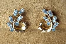 Boucles d'oreilles ancienne. HOLLYCRAFT COPR 1951. Collection. Doré Cristal