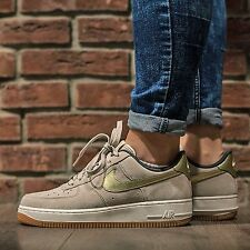 Nike Air Force 1 '07 PRM Suede String Metallic Gold Wmn  SZ 9 818595-200