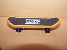 STAR WARS MACE WINDU 2010 MCDONALD'S CLONE WARS FINGER SKATEBOARD FINGERBOARD