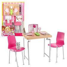 Barbie - Meubles Ameublement - Table et Chaises avec Accessoires