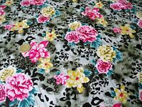 ITALIAN STRETCH COTTON SATEEN PRINT-PINK SMALL ROSE FLORAL-DRESS FABRIC-FREE P&P