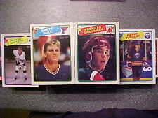 #5. 1988-89 O-PEE CHEE Hockey Set