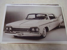 1961  CHRYSLER IMPERIAL 4DR HARDTOP 11 X 17  PHOTO  PICTURE