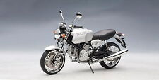 AUTOart 12547 DUCATI GT1000 die cast model motor bike silver 1:12th scale
