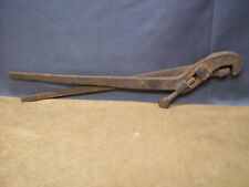 """Vintage Large 21-1/2"""" Pipe Wrench Tongs Farm Tool Oil Well Driller Steam Punk"""