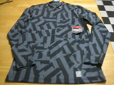 NIKE PRO COMBAT HYPERWARM DR-FIT MAX FITTED GRAY MENS MOCK NECK TOP SZ.M $75.00