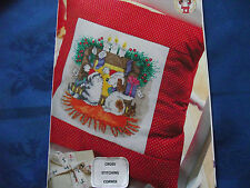 MARGARET SHERRY'S ADORABLE CHRISTMAS SCENE CAT & DOG BY FIRE CROSS STITCH CHART